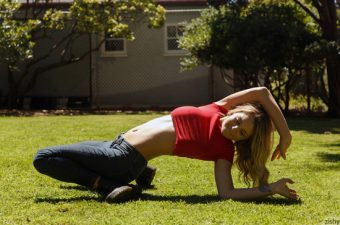 Gabbie Carter is a fit and flexible girl